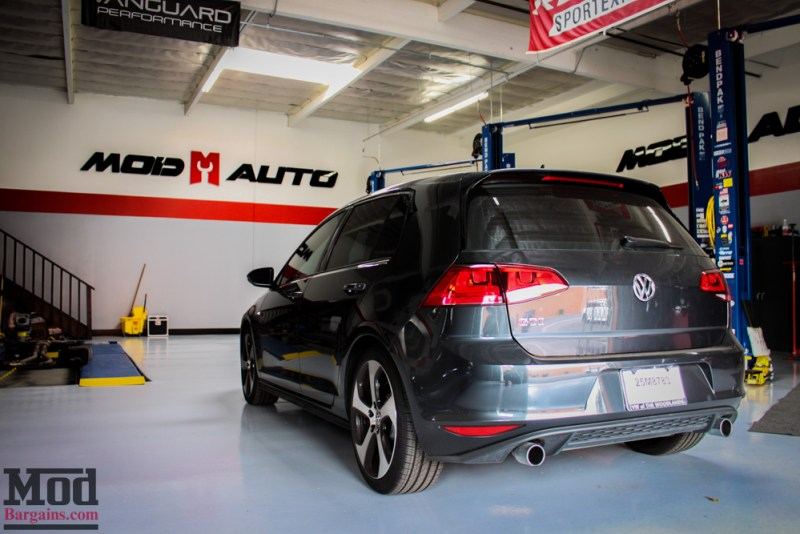 VMR_Wheels_V810_on_MK7_VW_Golf_GTI_img-3