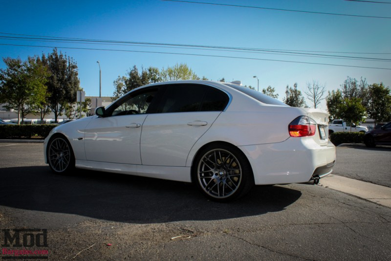 BMW_E90_328i_White_M3_Bumper_Msport_RR_-4