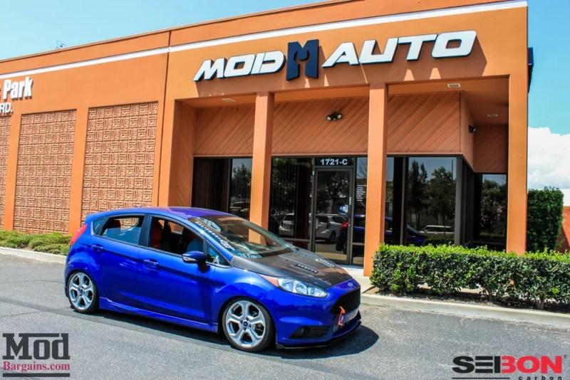 Ford_Fiesta_ST_Seibon_CF_RS_Hood-1