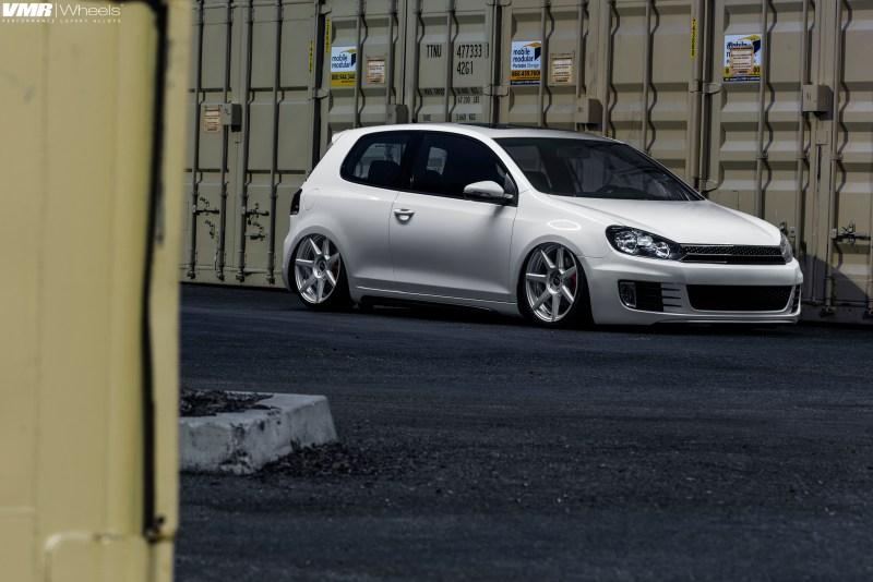 VW-Golf-GTI-mk-vi-VMR-V706-19x85et45-225-35-19-img004