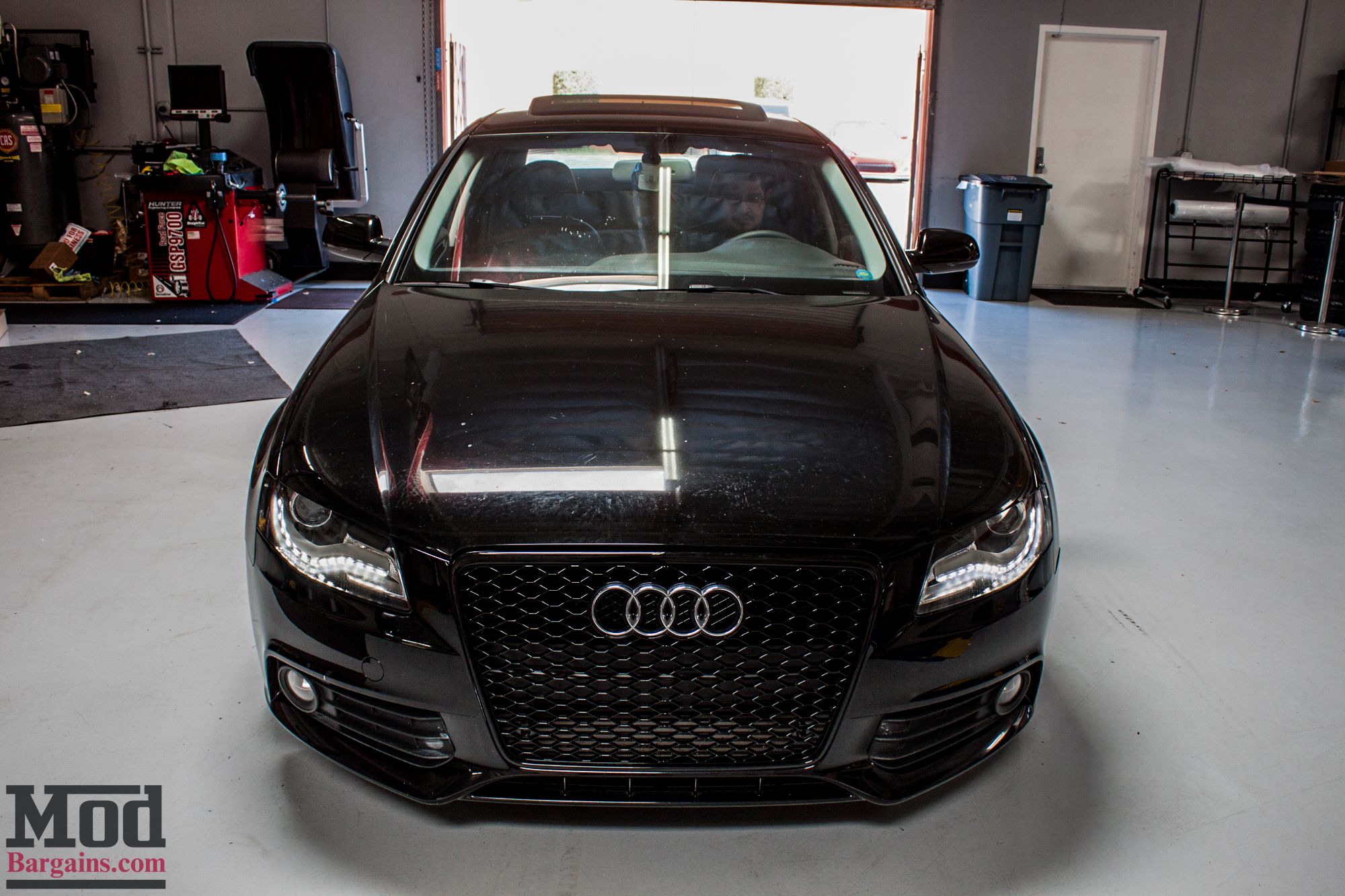 quick snap blacked out b8 audi a4 on solo werks coilovers vmr v701s gets rs4 grille. Black Bedroom Furniture Sets. Home Design Ideas