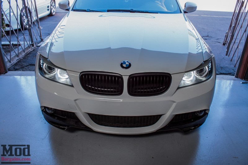BMW_E90_White_CF_Splitters_Halos_Black_Kidneys-12