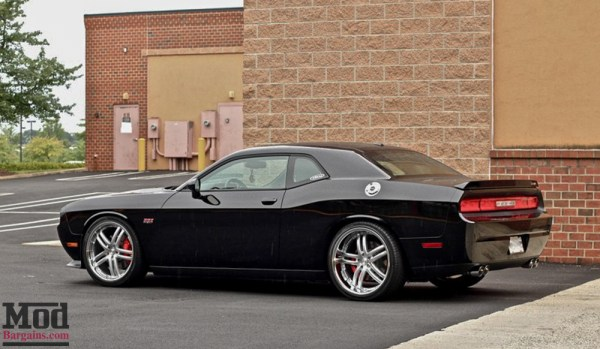 Quick Snap: Dodge Challenger 392 on Concept One RS-55 Wheels