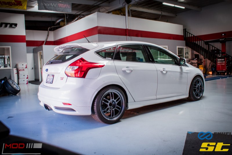Ford Focus ST 14 CX FMIC ST X Coilovers Enkei RPF-1 Steeda Rear Sway Milltek nonres (19)