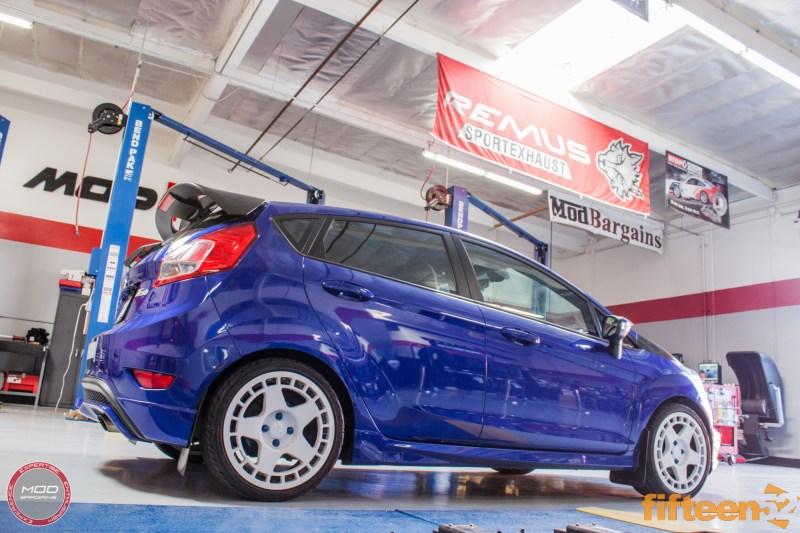 Ford_Fiesta_ST_Fifteen52_Turbomac_Seibon_CF_Hood_Luis_Lara (16)