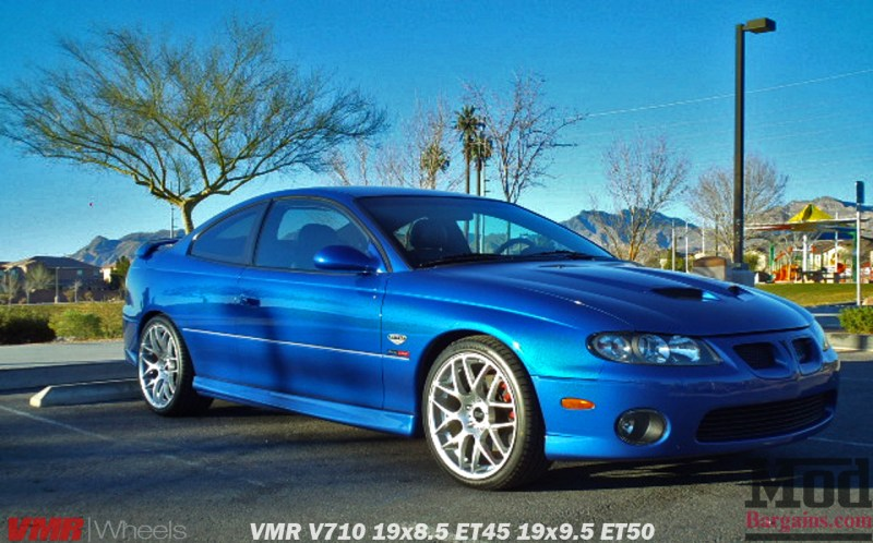 VMR_WHeels_V710_19x85et45_19x95et50_on_blue_Pontiac_GTO_img002