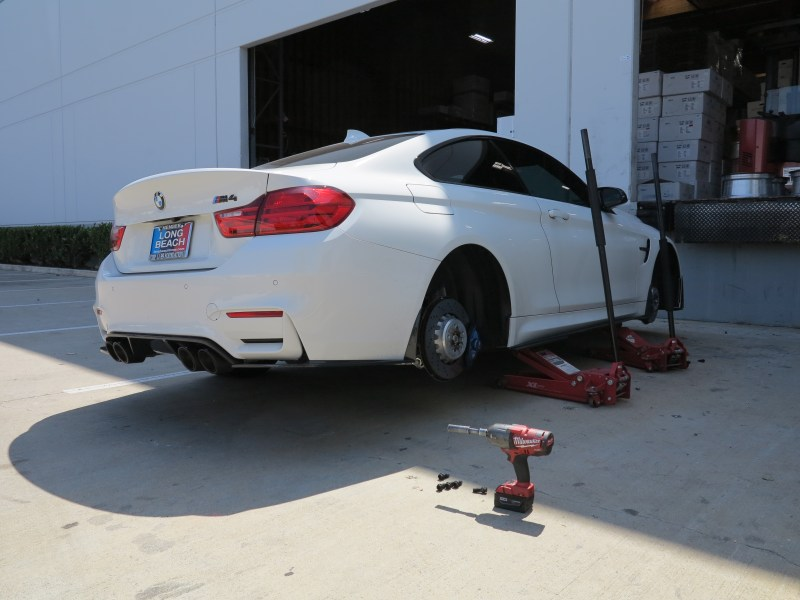 BMW_F82_M4_Alan_Avant_Garde_M621_TestFitPics (18)
