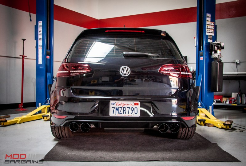 VW_Golf_R_Mk7_HR_Forgestar_F14_AWE_Quad_Exhaust (24)