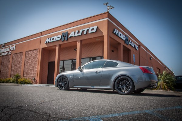 Before/After: Infiniti Q60S Transforms with Avant Garde M580 Wheels
