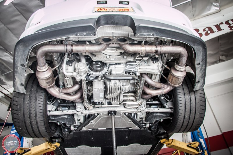 Porsche_911_GT3_991_Sharkwerkz_exh-10