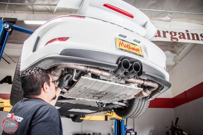 Porsche_911_GT3_991_Sharkwerkz_exh-11