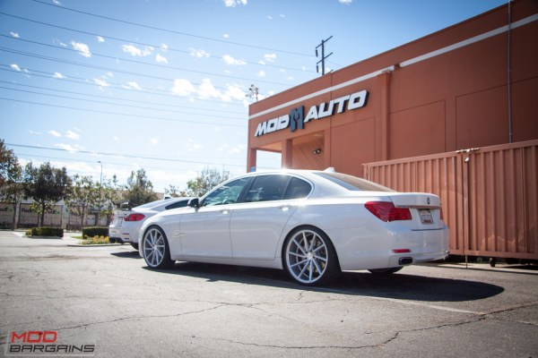 Quick Snap: VIP Style F01 BMW 750i on Directional Vossen Wheels