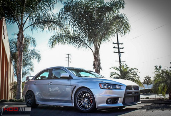 Quick Snap: Mitsubishi Evo X on Forgestar F14 Gunmetal Wheels