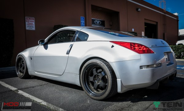 Quick Snap: Z33 Nissan 350Z on Tein Coilovers