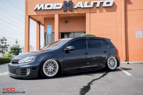 Quick Snap: Slammed VW Golf GTI Mk6 on Radi8 Wheels @ ModAuto