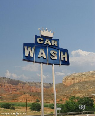 car_wash_pylon_sign_scale_model_diorama_1_25_650px-8