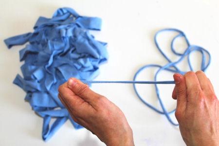 mehr als zehn m glichenkeiten ein t shirt zu recyceln und was die wissenschaft damit zu tun hat. Black Bedroom Furniture Sets. Home Design Ideas