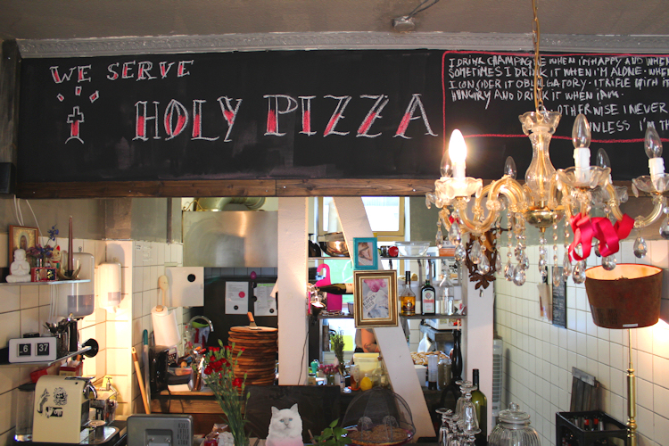 Holy Pizza Rostock by www.naehmarie.de