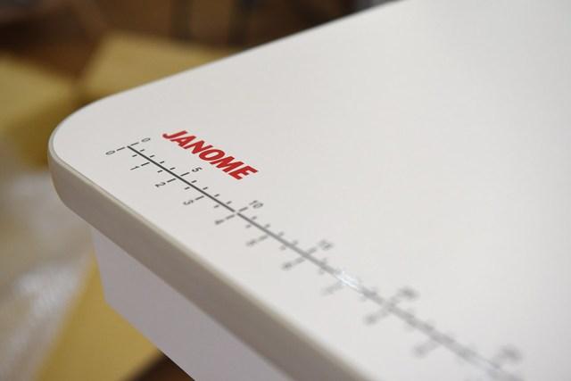 janome1600p-qc專用桌質感