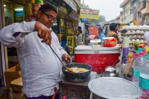 Vendor preparing 'Bread Omlette'