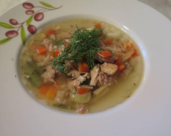 Králičí polévka s estragonem