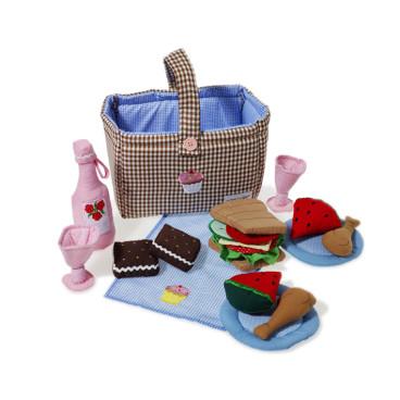 http://www.petit-bazaar.com/en/toys-games/1194-oskar-ellen-picnic-hamper.html