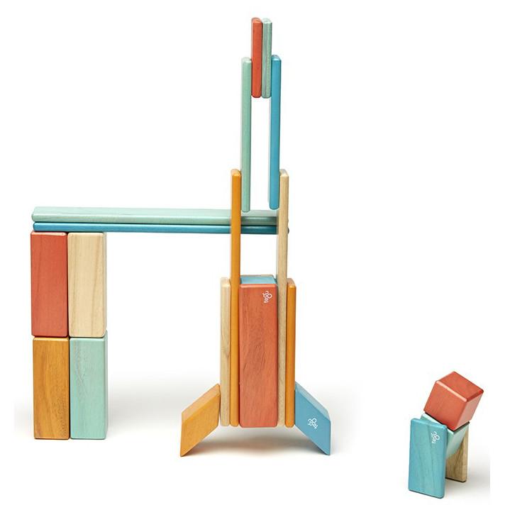tegu-sunset-magnetic-wooden-block-04_db0f120e-55c5-4328-bc60-a75578eda831