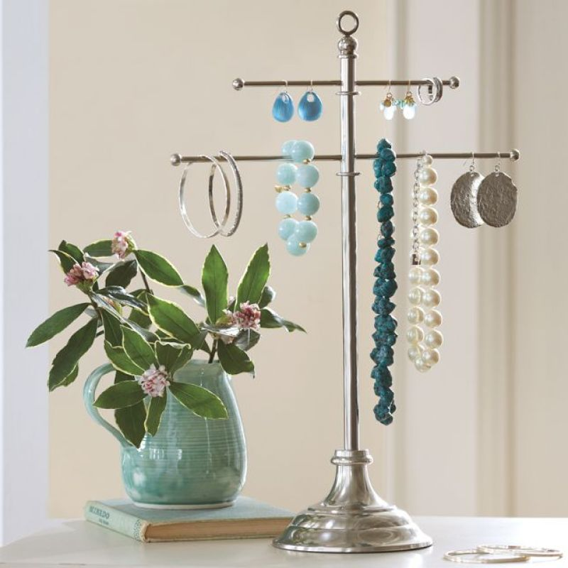Metal Jewelry Stand
