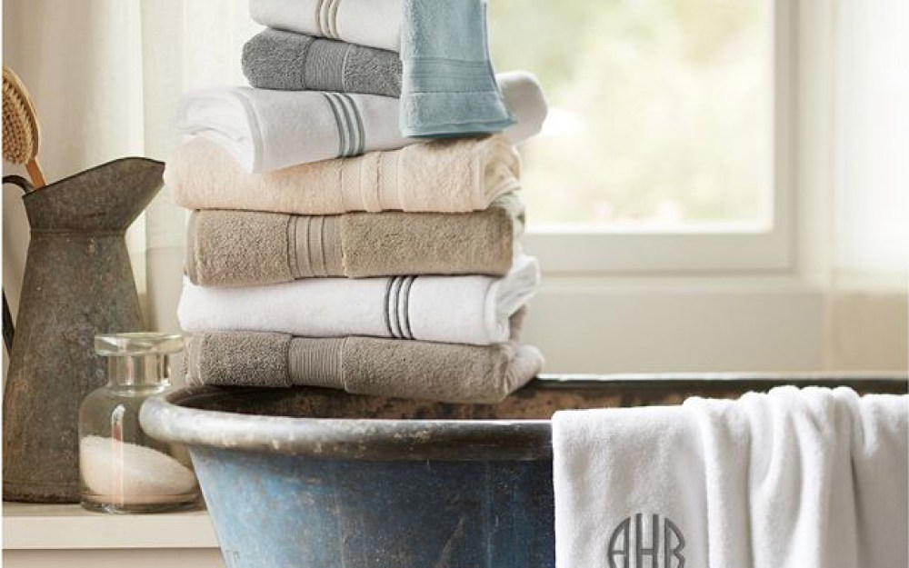 How to choose bath essentials pottery barn for Pottery barn teen bathroom