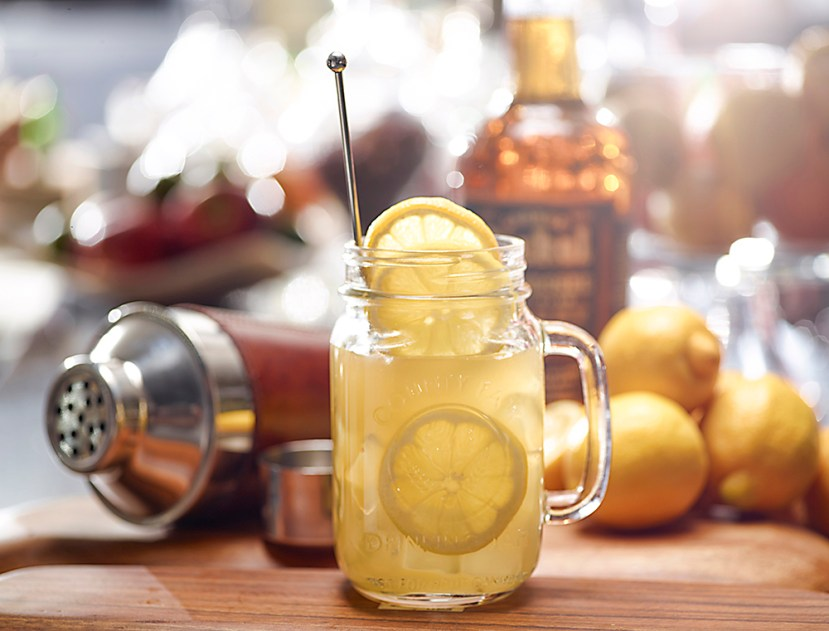 TGIF_Cocktail_Recipe_Whiskey_Lemonade_1