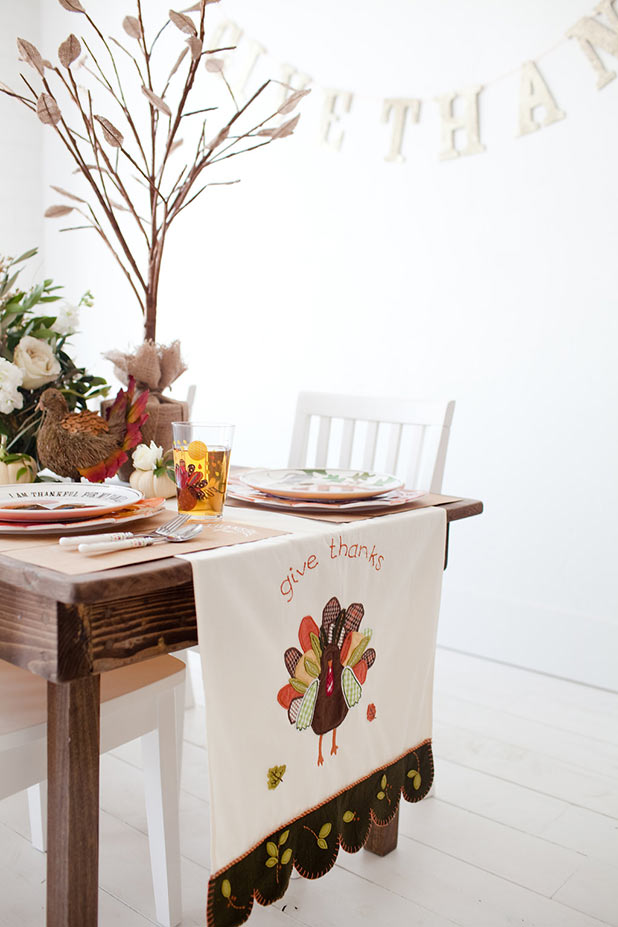 Happy thanksgiving pottery barn for Pottery barn thanksgiving