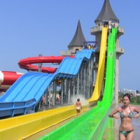 Purple 10: Badass Hotel Waterslides