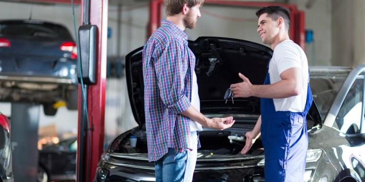 Mechanic giving client keys