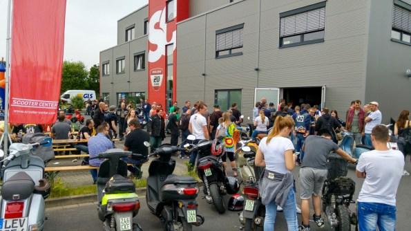 CLASSIC DAY´16 Das ist unser Tag der offenen Tür für unsere Vespa- und Lambretta-Kunden. Die, bei allen Rollerfahrern, beliebte Veranstaltung findet direkt am Scooter Center Store, in 50129 Bergheim-Glessen, statt.