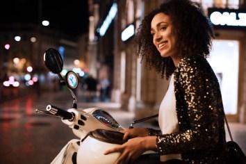 tomtom-vio-scooter-navigation-galery_-1