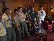 VA-Secretary-McDonald-with-Scouts-1