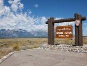 grand-teton-national-park-sign