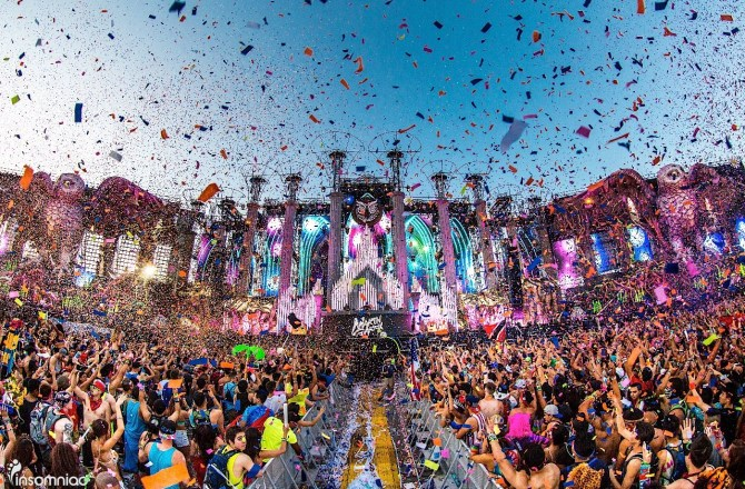 Electric Daisy Carnival 2016 – Get Your Dancing Shoes Ready