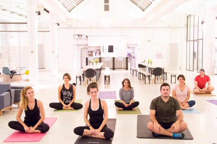 healthy-week-stylight-yoga-class