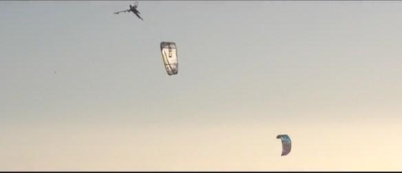 kitesurf mega jump board off