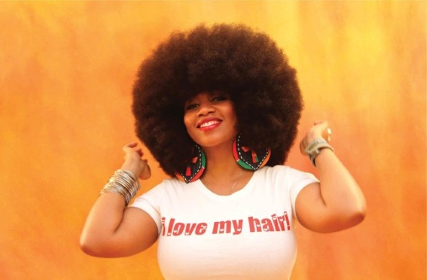 Aevin Dugas. The woman with the Worlds Largest Female Afro which she grow for over 15 years__blog.swaliafrica.com