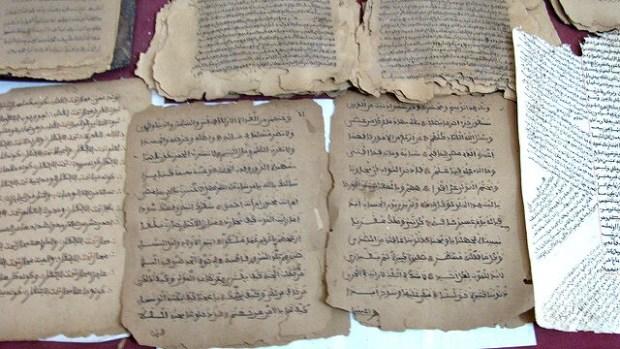 Timbuktu manuscripts being copied. - Leslie Lewis /Flickr