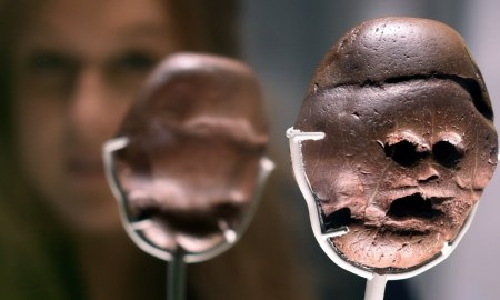 3 million year old South African pebble outshines treasures at British Museum_blog.swaliafrica.com_