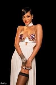 RiRi wore the purple trend to perfection