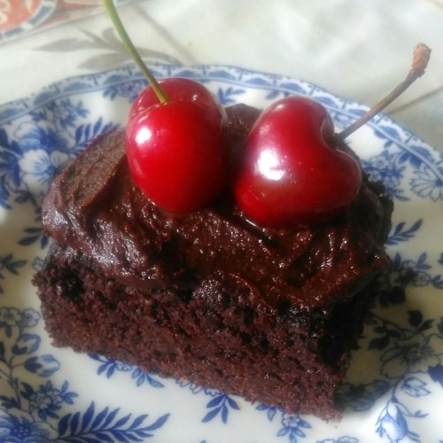 Sugar, dairy and grain free choc cake 1