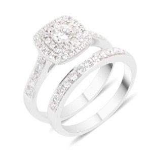 Interlocking rings help avoid the hassle of matching your wedding band