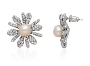 Gorgeous Earrings for Modern Bride