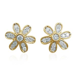 Ultimate Hollywood glamour: Diamond earrings for that red carpet look