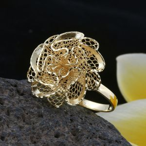 Premium Collection Surabaya Handwoven 9K Yellow Gold Flower Ring