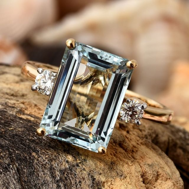 ILIANA 18K Yellow Gold Espirito Santo Aquamarine, Diamond Ring